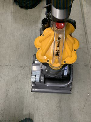 Dyson dc33 for Sale in Los Angeles, CA