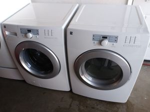 Kenmore washer and dryer gas nice set for Sale in Houston, TX