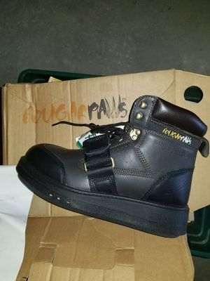 Cougar paw roofing boots (new) for Sale in Columbus, OH