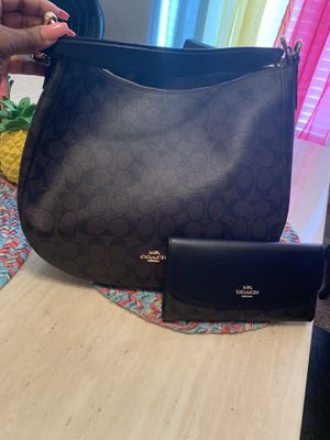 Kate spade and coach purse for sale w wallets for Sale in Mesquite, TX