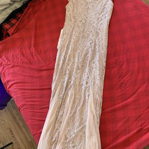 Champagne Embroidered Cap Sleeve Mesh Long Dress With Satin Belt NWT Size M for Sale in Sterling, VA