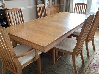 Dining Room Set With Curio for Sale in Canonsburg,  PA