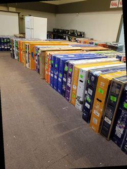 "TCL 4K 55"" smart TV ROKU! NEW OPEN BOX!! 📺📺📺📺 D8E for Sale in Lawndale,  CA"