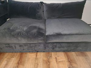 Big Comfy couch for Sale in San Leandro, CA