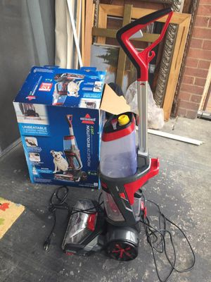 Bissell proheat Vacuum for Sale in Annandale, VA