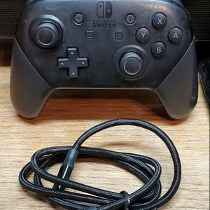 Nintendo Switch Pro Controller for Sale in Fresno, CA