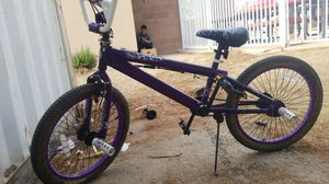 Mongoose hoops d pro series bmx 20 in bike for Sale in Las Vegas, NV