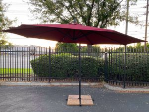 10ft Offset Umbrella for Sale in Ontario, CA