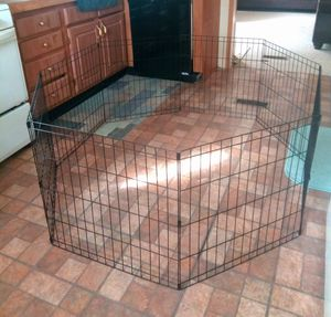 "24"" TALL 8 PANEL ""PET TREX"" DOG PLAYPEN/ PUPPY OR PET PLAYPEN for Sale in Kent, OH"
