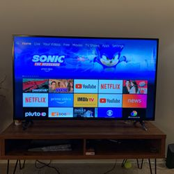 TCL 50 Inch Roku Smart LCD for Sale in Silver Spring,  MD