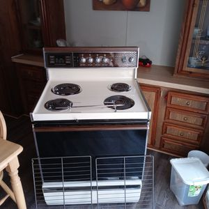 General Electric Oven for Sale in Wichita, KS