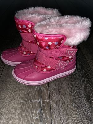 Snow Boots (9/10) and Bib (4T) for Sale in Brooks, OR