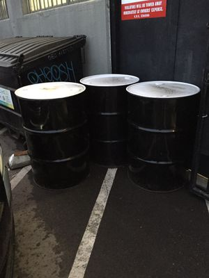 Free 55 gallon drums for Sale in Los Angeles, CA