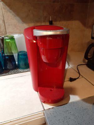 Keurig single serve coffee maker for Sale in Salinas, CA