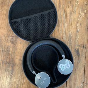 Puro Sound Labs - kids Headphones for Sale in Los Angeles, CA