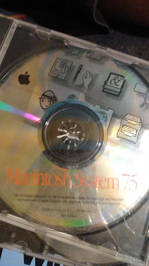 Macintosh system 7.5 for Sale in Sacramento, CA