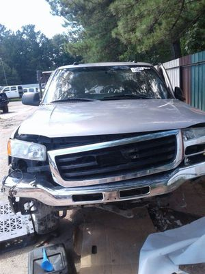 2004 GMC Sierra for Parts. for Sale in Greenwood, SC