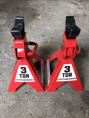 Pair of 3 Ton Jack Stands for Sale in University Place, WA
