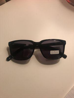 Tommy Hilfiger Men's Jared Sunglasses for Sale in Holtville, CA
