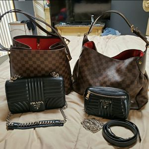 Louis Vuitton Chanel Gucci Prada Bags for Sale in Chicago, IL