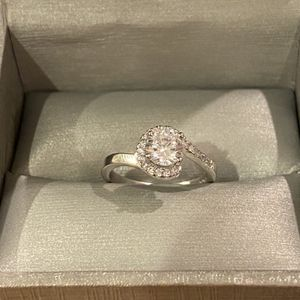 925 Sterling Silver Engagement / Promise Ring for Sale in Las Vegas, NV