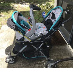 GRACO STROLLER AND CAR SEAT BUNDLE for Sale in Port St. Lucie, FL