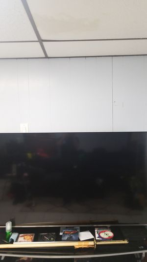 55 inches tv for Sale in Everett, MA