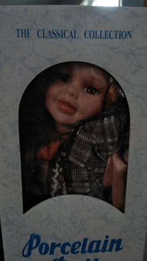 Porcelain Doll for Sale in Kissimmee, FL