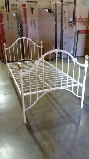New Twin White Hearts Bed***SALE*** for Sale in Denver, CO