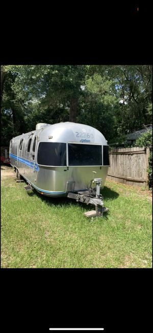 Buyer Beware - 1986 Airstream Excella for Sale in Alachua, FL