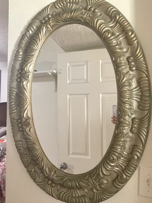 Oval mirror for Sale in Fountain Valley, CA