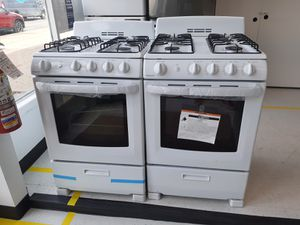 Hotpoint gas stove new with 6 months warranty for Sale in Mount Rainier, MD