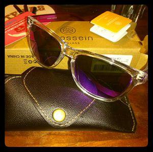 Purple Colosson sunglasses for Sale in Longview, TX