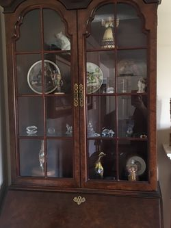 Tall Secretary Desk Hutch for Sale in Long Beach,  CA