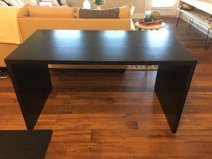 Lightweight black desk for Sale in Greenville, SC