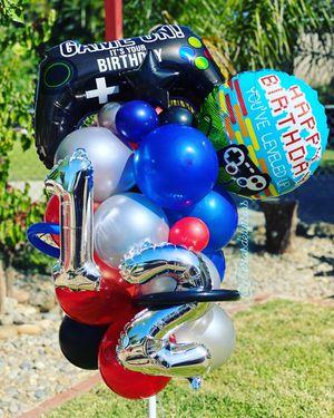 Birthday balloon arrangements for Sale in Modesto, CA