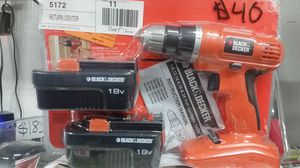 Black and decker drill set 18 volt with battery and charger for Sale in NC, US