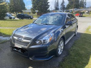Subaru Legacy awd 2013 for Sale in Renton, WA