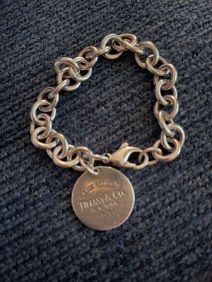 Authentic Tiffany & Co Return to Tiffany Bracelet 7 inches. for Sale in Hialeah, FL