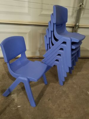 6 Blue Plastic Stackable Kids Chairs for Sale in Las Vegas, NV