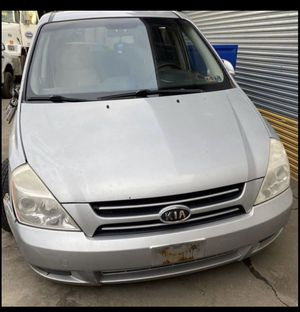 PART OUT 2007 Kia Sedona for Sale in Marcus Hook, PA