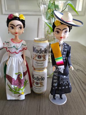 Mexican dolls for Sale in Chicago, IL