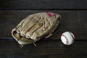 Rawlings Edge U Cated Heel Baseball Glove + Baseball for Sale in Euless, TX