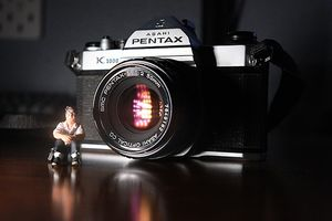 Pentax K1000 SLR Camera w/ 50mm Lens for Sale in Long Beach, CA