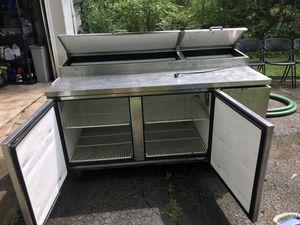 2 door True prep refrigerator. In for Sale in Columbus, OH