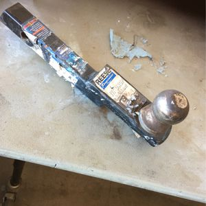 Trailer Hitch 1-1/4 In for car/small truck for Sale in Scottsdale, AZ