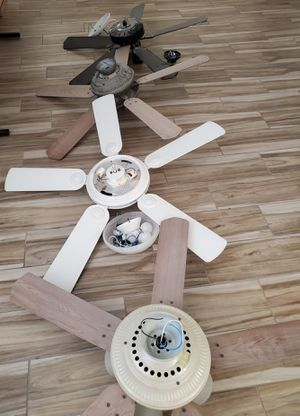 Fans fan ceiling fan for Sale in Redlands, CA