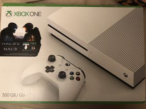 Xbox One S 500Gb for Sale in Boston, MA