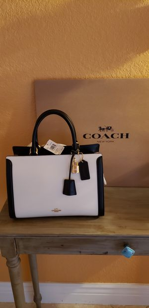 Brand New Authentic COACH Purse/ Handbag With Gift Box for Sale in Pembroke Pines, FL