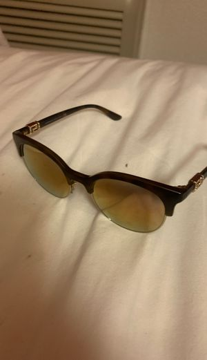 Versace women's sunglasses for Sale in San Diego, CA